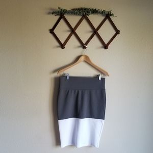LuLaRoe Gray White Color Block Cassie Pencil Skirt